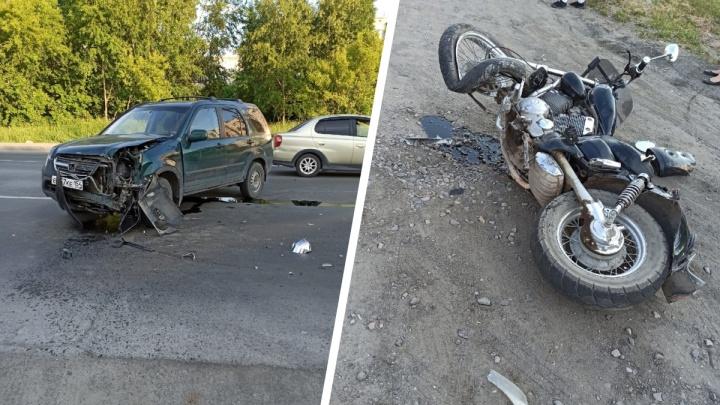 Мотоциклист пострадал в столкновении с «Хондой» на Одоевского