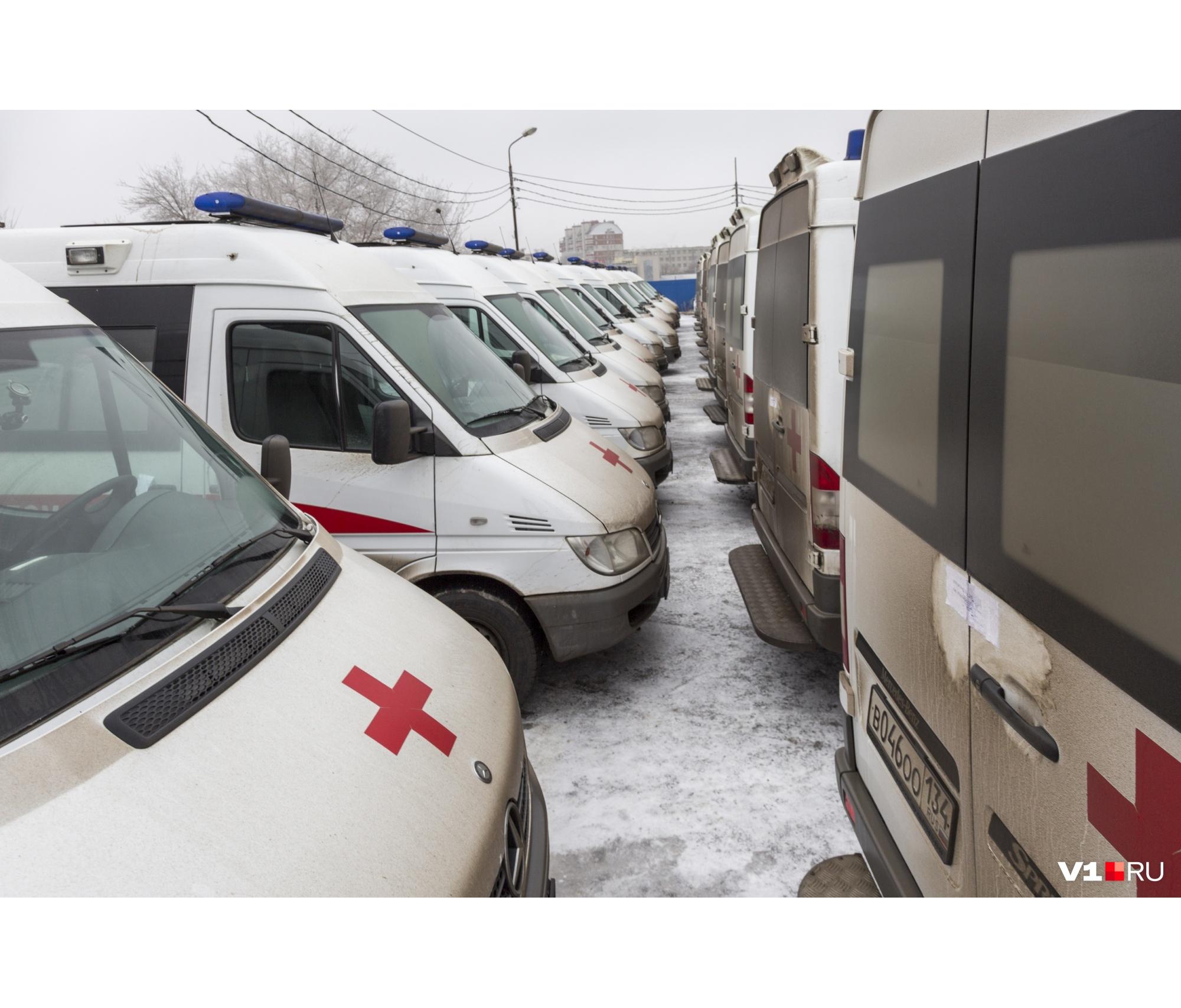 Прежние Mercedes пока остаются невостребованными на муниципальной стоянке