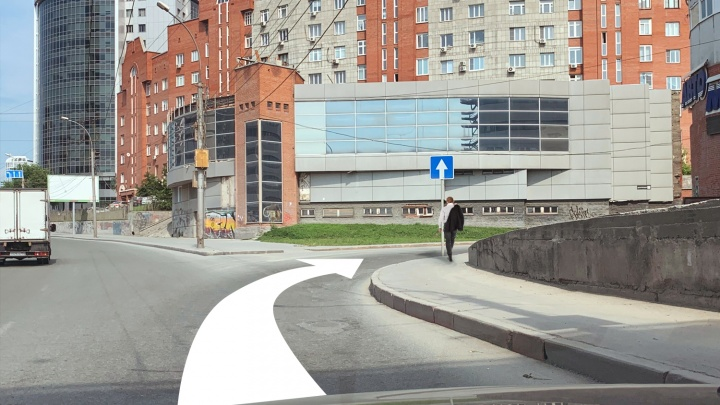 Едем по самым хитрым кольцам и перекресткам Новосибирска. Мы придумали реальные задачки по ПДД (проверьте себя)