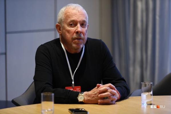 Перед концертом Макаревич встретился с журналистами Екатеринбурга и дал интервью