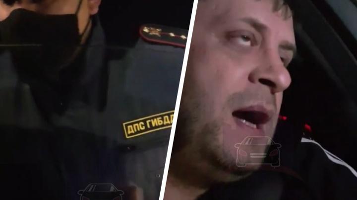 Удиравшему от полицейских водителю «Мерседеса» готовят дело за оскорбление сотрудников