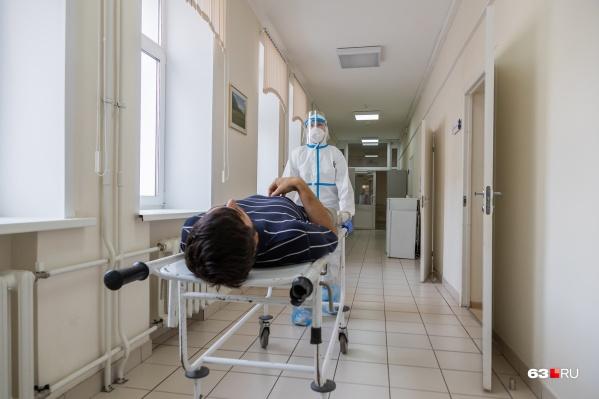 В новом COVID-госпитале врачи смогут оперативно оказать помощь заболевшим коронавирусом