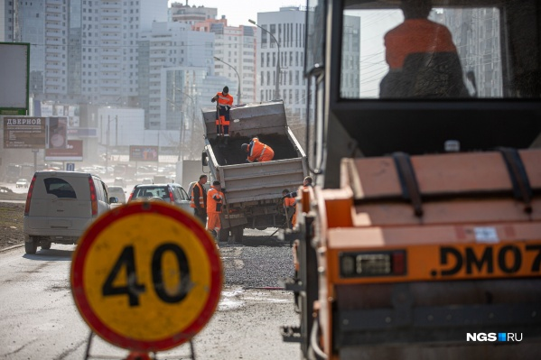 Власти достаточно часто медленно реагируют на обращения граждан о проблемах города — как будто у них стоит ограничение скорости