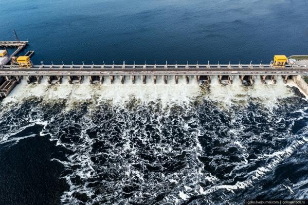Волжская ГЭС является крупнейшей гидроэлектростанцией в Европе, а в 1960–1963 годах была крупнейшей ГЭС в мире