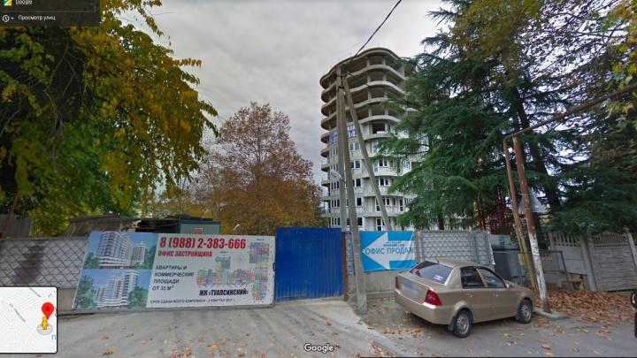 В Сочи дольщиков обманули на 3,5 млрд рублей. Что известно о домах и застройщиках