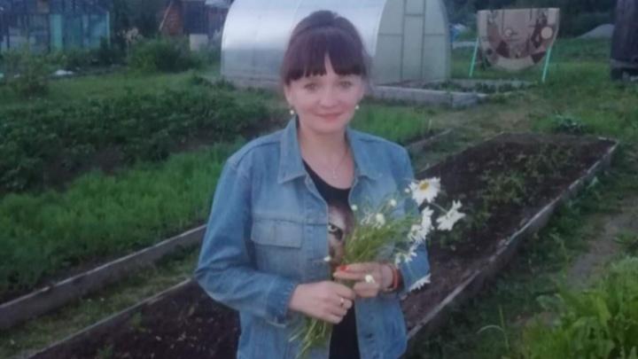Жительницу Карпинска, которая полгода держала дочь в шкафу, признали вменяемой