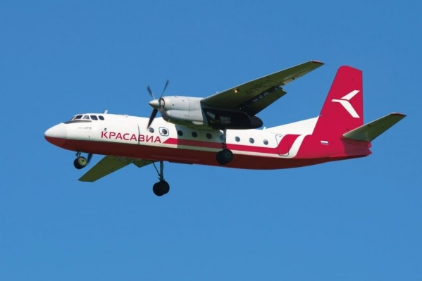 Это один из Ан-24 компании «КрасАвиа»