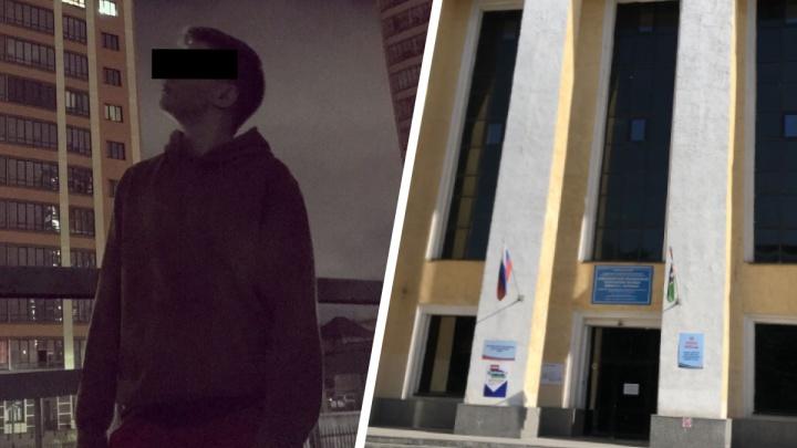 В Новосибирске при странных обстоятельствах умер 17-летний студент