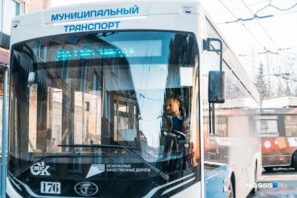Полгода обучения — и можно управлять троллейбусом, если сдал все экзамены, конечно
