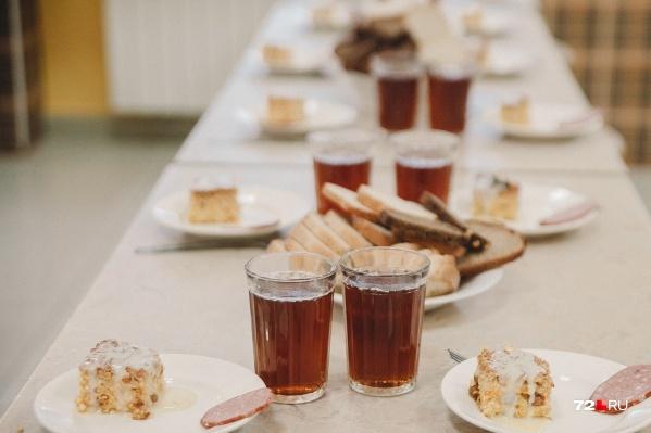 Комбинат школьного питания обслуживает в городе четыре десятка учебных организаций