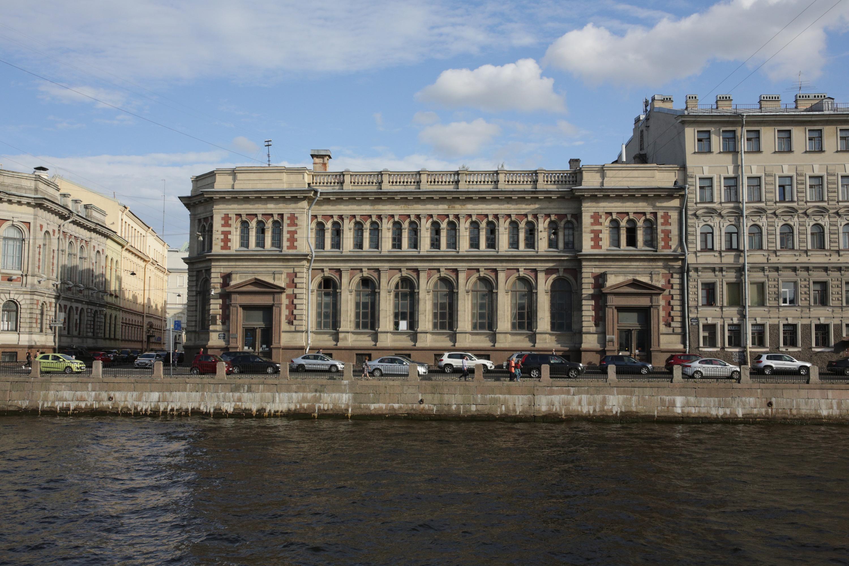 Здание Сберегательного банка Российской империи