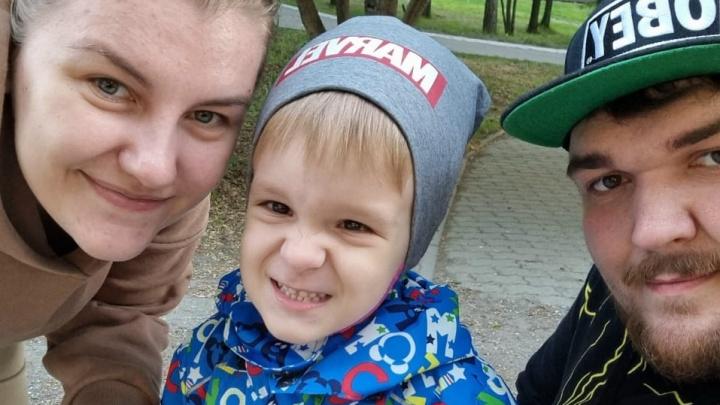 «Он вообще мог не родиться»: история мальчика, которому прооперировали мозг еще до рождения
