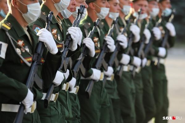 Солдаты и офицеры получат дозы «Спутника-V»