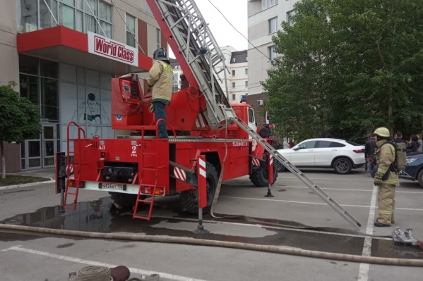 Пожарные установили причину пожара в фитнес-центре World Class