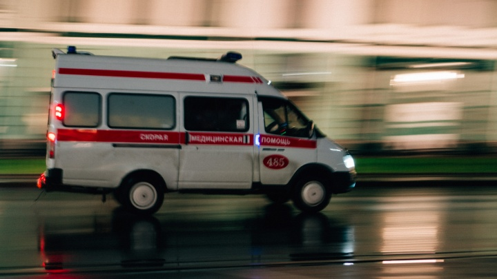 «Молодые не хотят идти к нам работать»: с чем связана нехватка кадров в омской скорой помощи