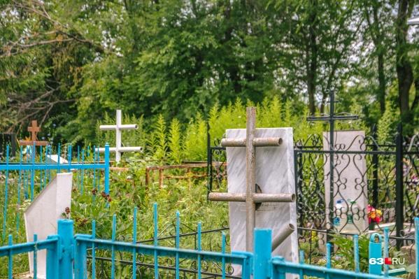 Из-за отсутствия крематория в регионе умерших хоронят на местных кладбищах