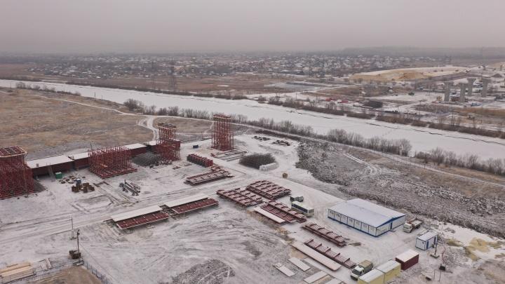 Готовятся надвигать мост: дорожники рассказали о строительстве обхода Волгограда