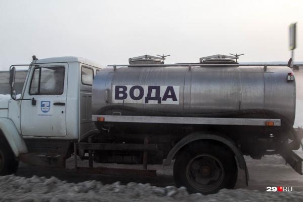 Без воды, по данным администрации Архангельска, сейчас остались 36 домов