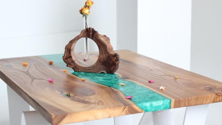 «В Архангельске нас мало кто знает»: необычную мебель, созданную в Поморье, заметили в Европе и США