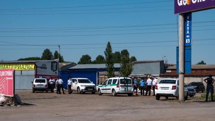 ОМОН вернулся на рынки под Ростовом после того, как территорию ненадолго разблокировали