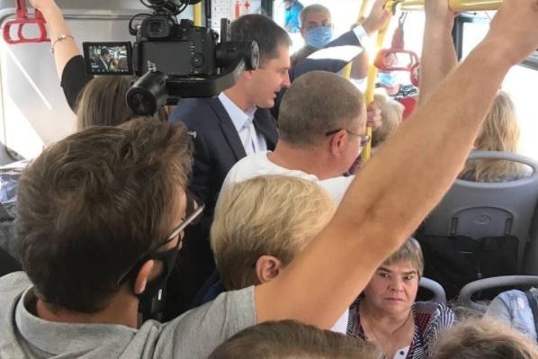 Владимир Волков проверял, как работает общественный транспорт в Ярославле