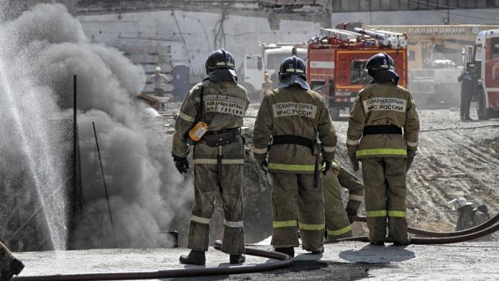 В Ворошиловском районе Волгограда утром сгорел частный дом