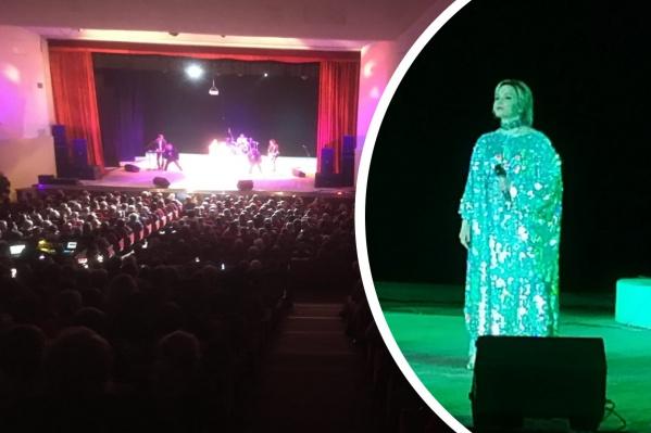 Рыбинцам показалось, что народа на концерте Татьяны Булановой было слишком много