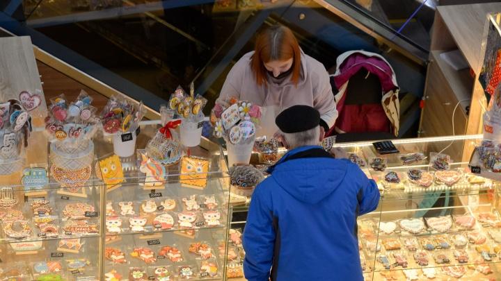 В торговых центрах и магазинах Архангельской области будут проводить больше проверок из-за COVID-19