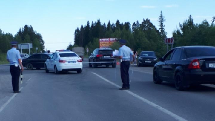 Годовалую девочку увезли в больницу: на Урале столкнулись две иномарки, пострадали три ребенка