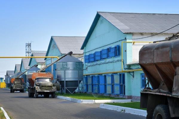 Совет ветеранов и профсоюзный комитет Иртышской птицефабрики выразили благодарность администрации предприятия