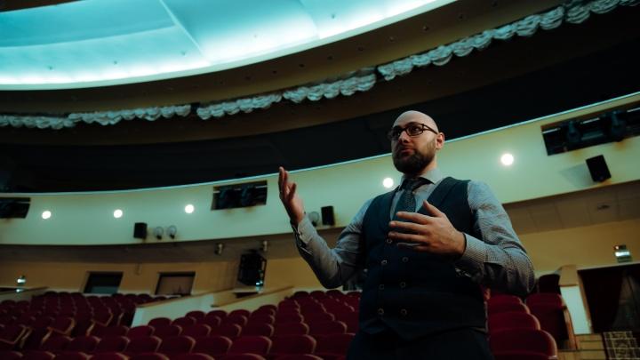 Директор Драмтеатра в Архангельске рассказал, как введение QR-кодов сказалось на продаже билетов