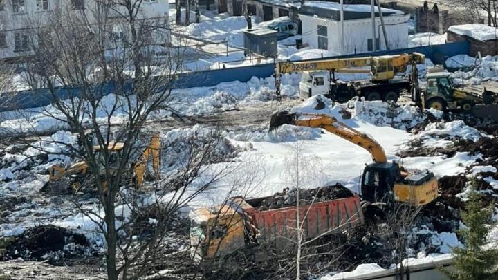 «На участке начали копать траншеи под фундамент»: уфимцы — о застройке за Парком Гафури