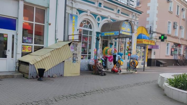 """«Нет не только головы, но и совести»: российские туристы<nobr class=""""_""""> —</nobr> о семейном отдыхе на Азовском море"""