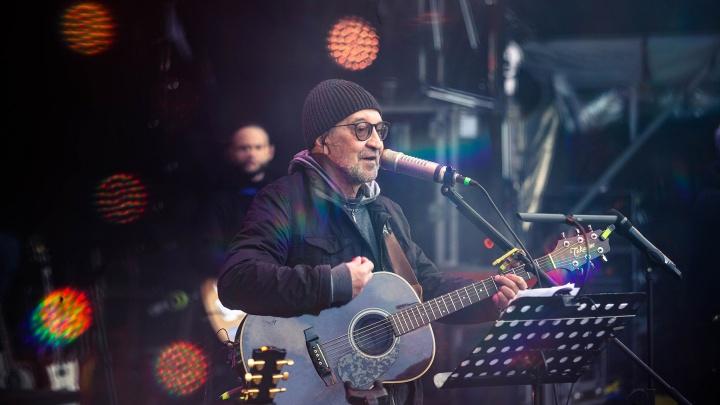«ДДТ» перенесла концерт в Челябинске на осень из-за коронавируса. Вернут ли деньги за билеты?