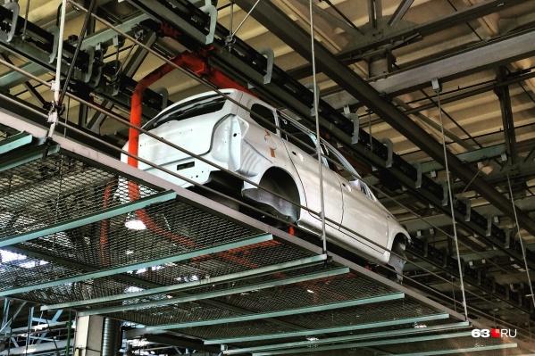 Причиной вынужденного простоя конвейера станет дефицит автокомпонентов