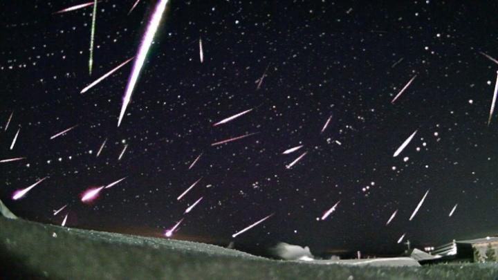 В апреле екатеринбуржцы смогут увидеть в небе, как падают метеоры