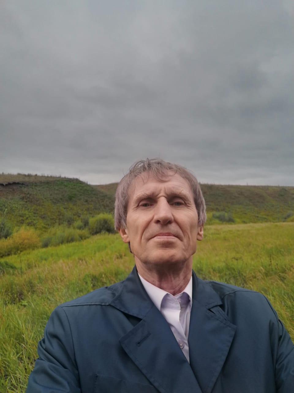 Василий Мельниченко руководит хозяйством в Камышловском районе
