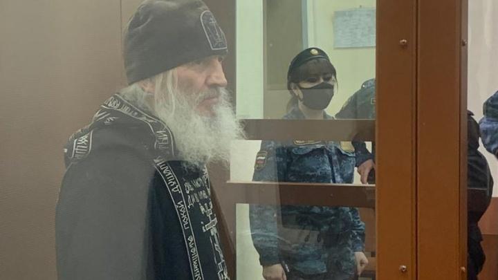 Монастырь отца Сергия ежегодно отправлял в епархию миллионы рублей: адвокат