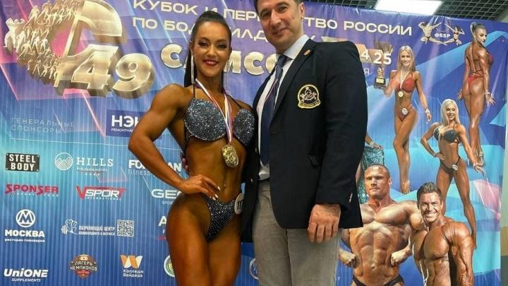 Миниатюрная челябинка стала абсолютной чемпионкой России на соревнованиях по бодибилдингу