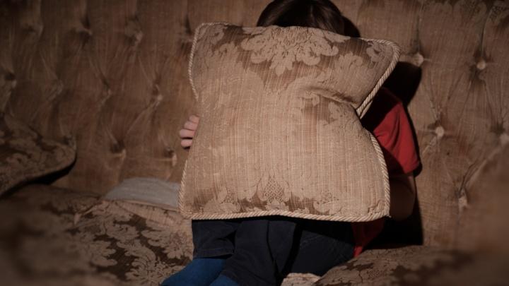 В Перми бабушка несколько лет держала внучку взаперти и не пускала ее в школу