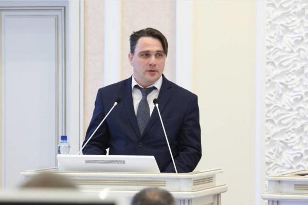 Временно исполняющим обязанности министра Юрия Гнедышева назначили в августе 2020 года. Задержали его в октябре