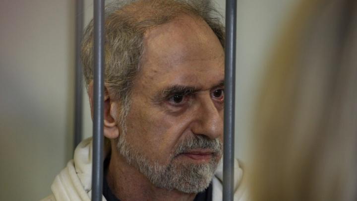 Суд вынес новый приговор американскому бизнес-тренеру, снимавшему порно сдетьми вЧелябинске