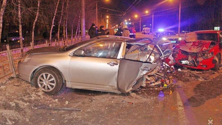 Омич пытался переложить вину в ДТП на свою погибшую пассажирку. Экспертиза показала, что он врал