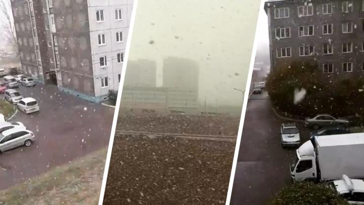 Первая пурга этой осени в Красноярске накрыла микрорайон Солнечный
