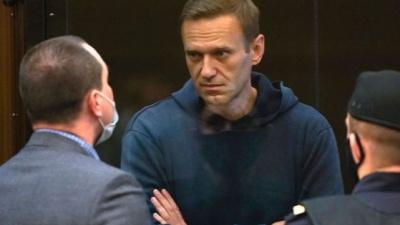 Навального перевели из колонии в больницу