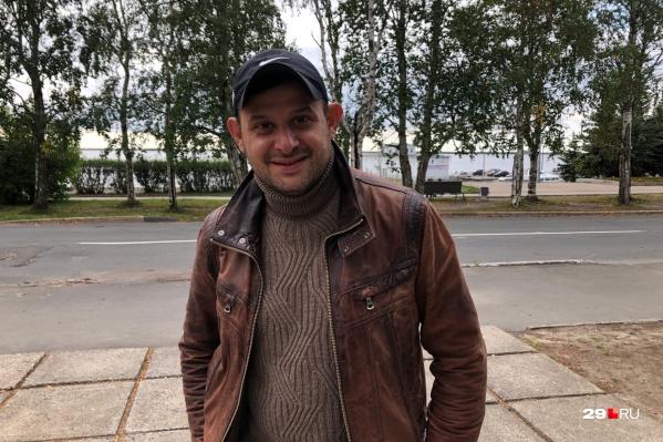 Из-за плотного графика Нодар нечасто приезжает в Архангельск. Но он не скрывает, что любит этот город