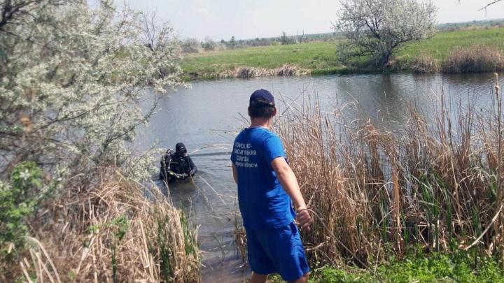 Пересекали протоку компанией и потеряли друга: в Самарской области утонул подросток