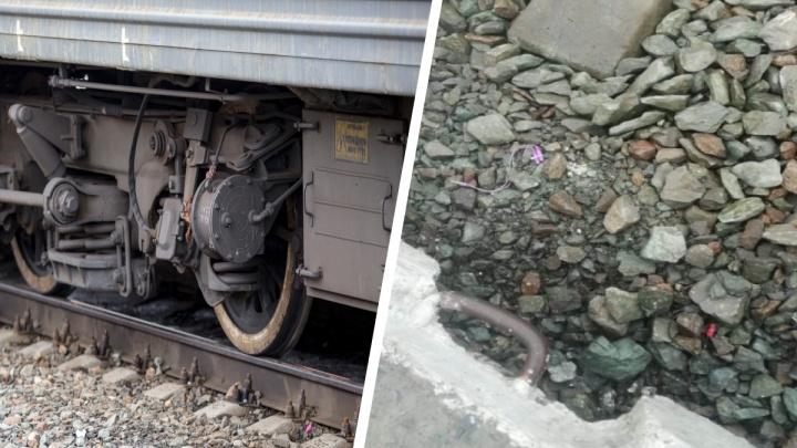 Поезд сбил 20-летнего парня на станции Татарская в Новосибирской области
