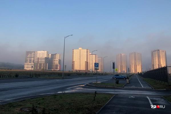 Запах гари и природные пожары, по мнению экспертов, закончатся осенью после нескольких дней осадков