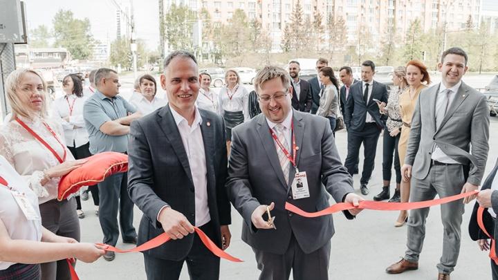 14 мая открылся обновлённый офис «Жилфонд» на станции метро «Октябрьская»